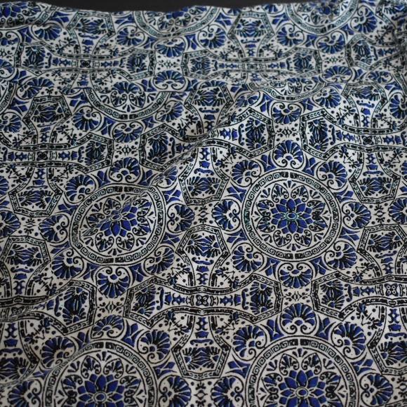 Cynthia Rowley Dresses & Skirts - Cynthia Rowley Blue White Black Print Maxi Skirt S